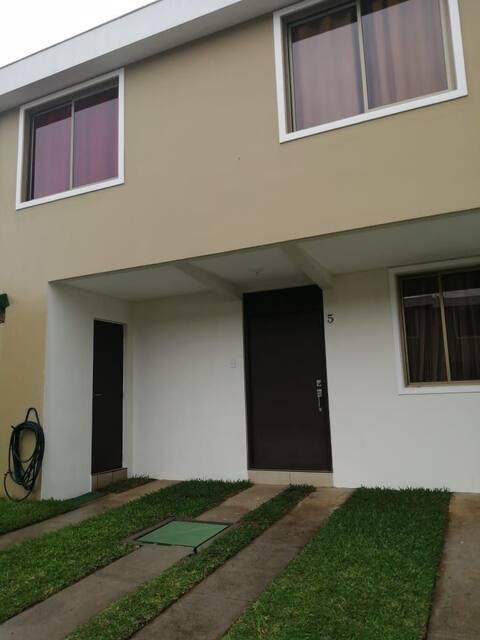 Condominio la joya casa 5 Nuevo Cuscatlán