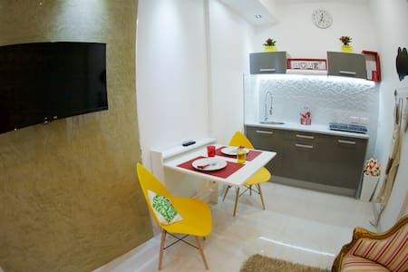Chic Central Studio - Sleeps 2 - Ħ'Attard