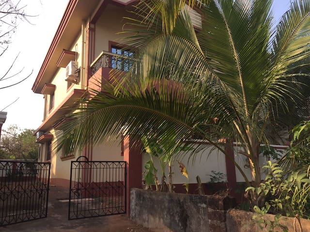 Spacious Villa in North Goa - Nachinola - Hus