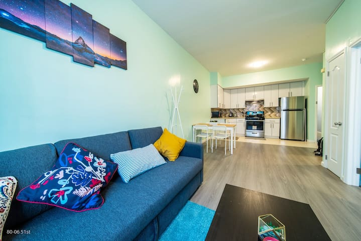 Convenient beautiful apartment close to ALL