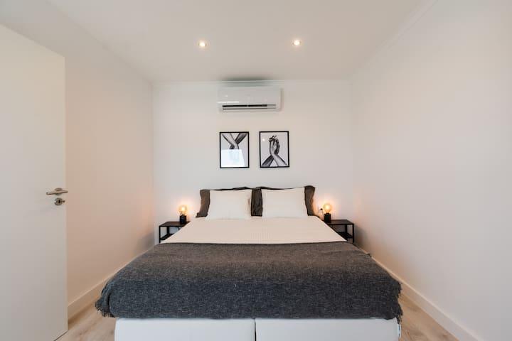 Bedroom 4 (2nd floor)