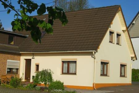 Ferienwohnung Brüll - Vossenack - Hürtgenwald