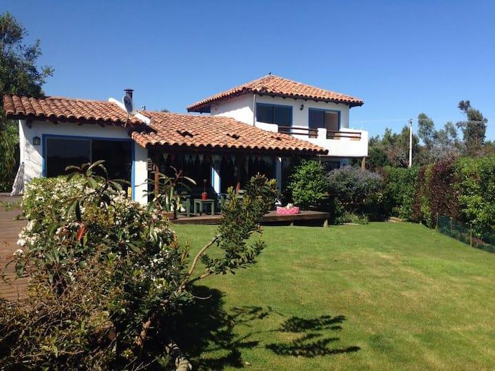 Hermosa y Acogedora Casa Maitencillo Lomas del Mar