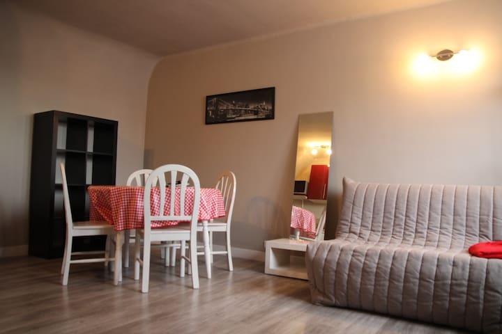 Studio 26 m2 en centre ville, place du marché - Beauvais - Apartment