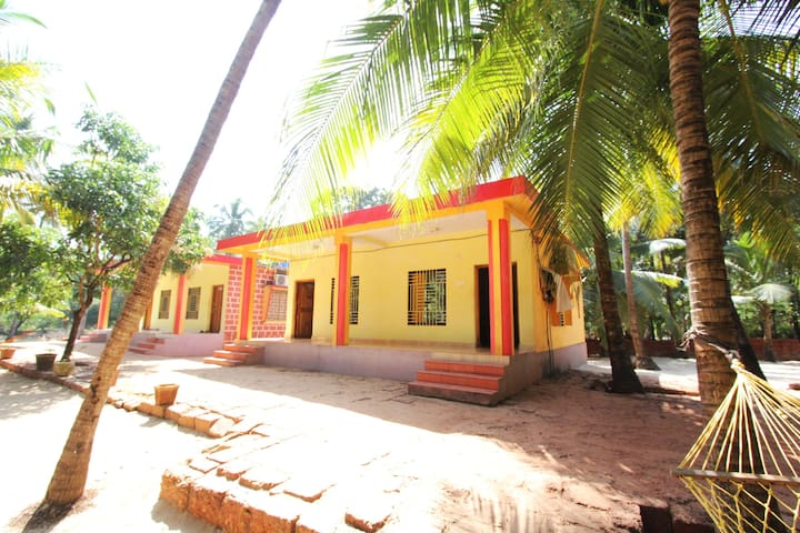 SHUBHANGI HOME STAY