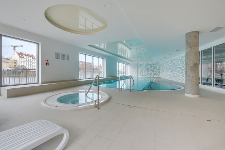 SPA 52 with Pool by Downtown Apartments