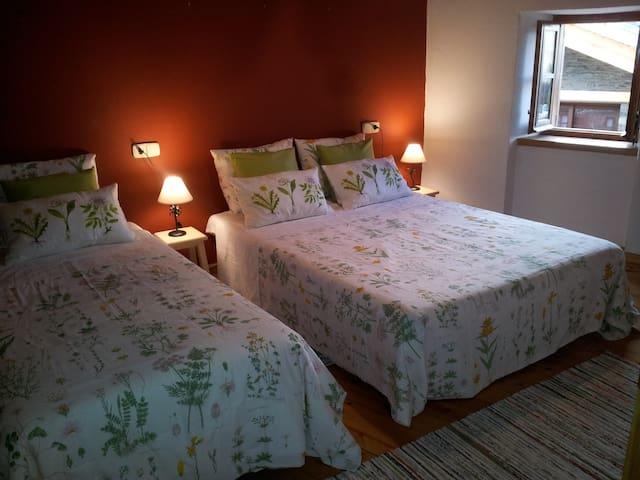 Habitación grande en casa rústica - Guils de Cerdanya - Talo