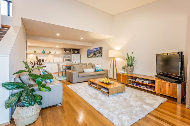 Azura 6 Apartment, stylish adult retreat