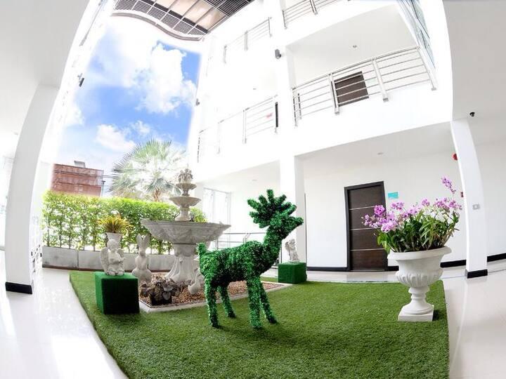 Rhienchai Place