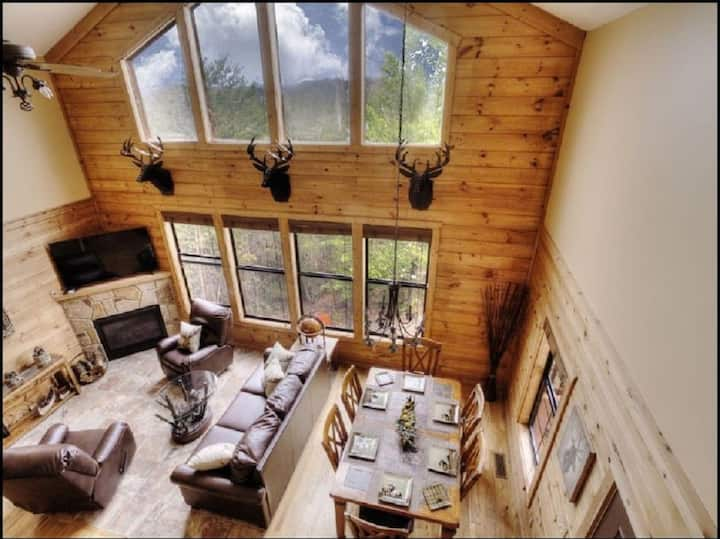 Deer Valley - Your Smoky Mountain Retreat!