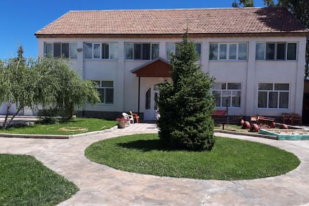 Гостевой дом Максат Maksat guest house
