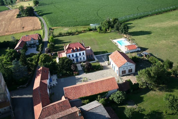 Luxurious & charming detached gite - Castelnau-Rivière-Basse - House