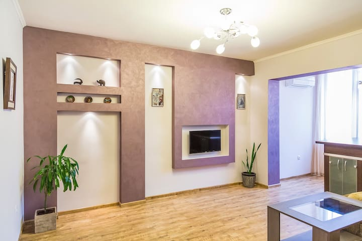 Modern and nice apartment near Republic sq. - Jerevan - Huoneisto