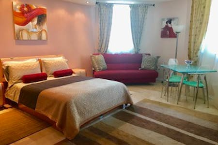 Beautiful Modern Studio With Ocean View 20th Floor - Sunny Isles Beach - Apartemen