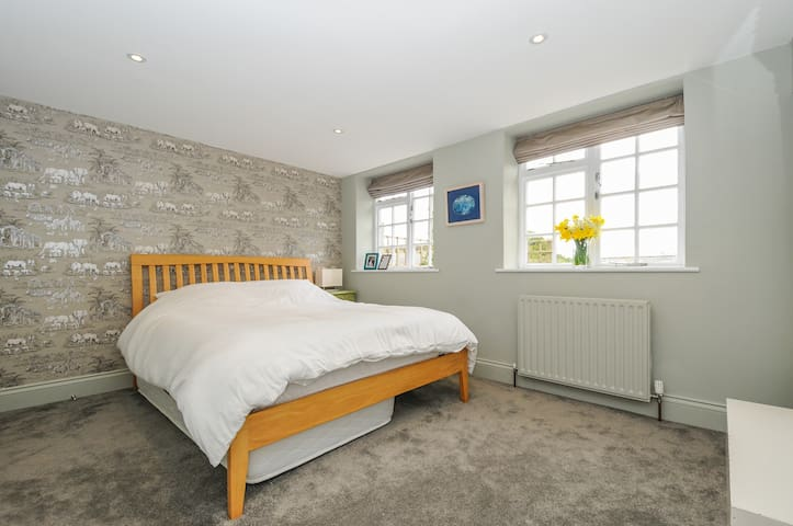 Luxury double room in stunning barn conversion.