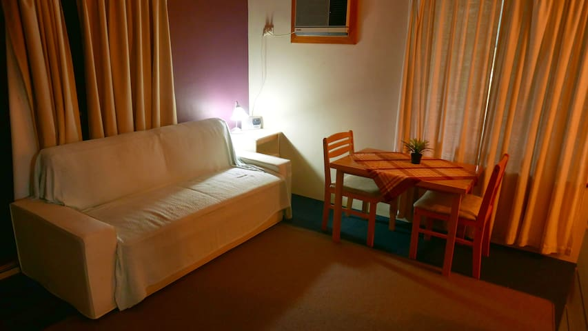 Deluxe Accom. at the right price - close to amen. - Mirrabooka