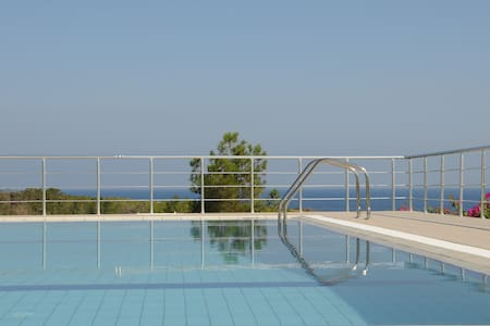 Villa PineCliff/N. Cyprus: relaxing, golf and sea - Esentepe