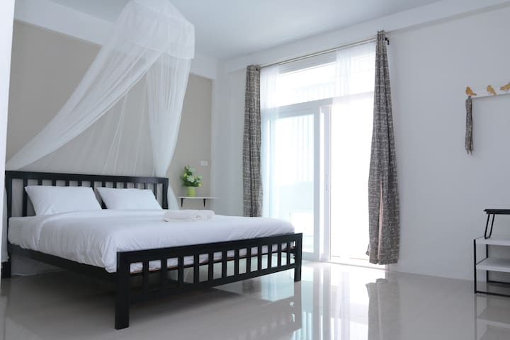 Morning mist by Hasu Guesthouse - Hat Yai - House