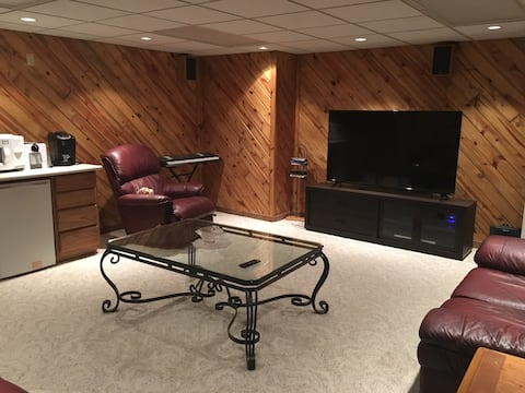 Country Club Suite