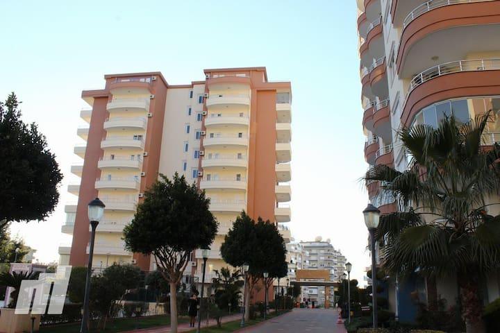 Prestige Residence 2+1 apartments - Tosmur Belediyesi - Apartment