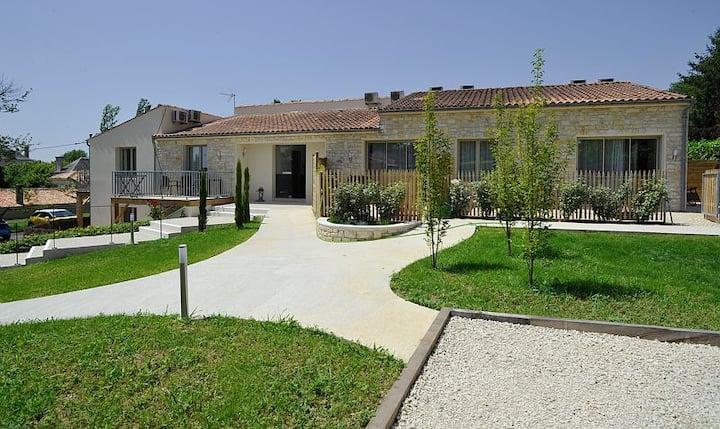 Logement Plain-Pied avec terrasse centre Jonzac