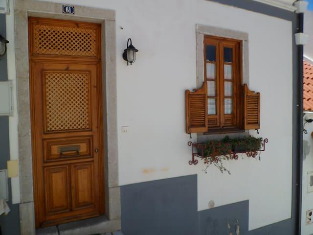 Petite maison de Pecheur a Sesimbra - Sesimbra - Maison