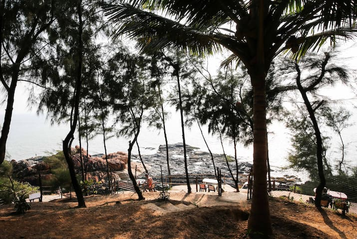 (SHANTIDHAM) CLEAN AND CALM SEA VIEW COTTAGES - Gokarna - Guesthouse