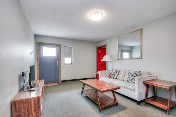 1BR with 2 beds and a kitchen on the 2nd floor