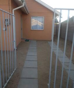 Casa nueva cerca de la ciudad, playa y campo