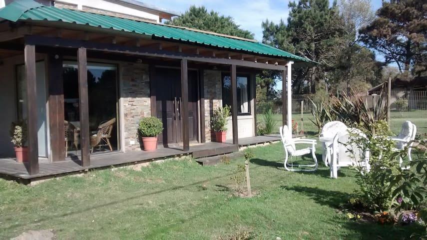 Hermosa Casa en balneario Bs, Aires - Punta del Este - Casa