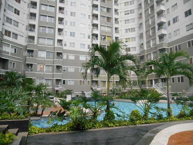 Sudirman Park Penthouse Floor - Tanah Abang - Pis