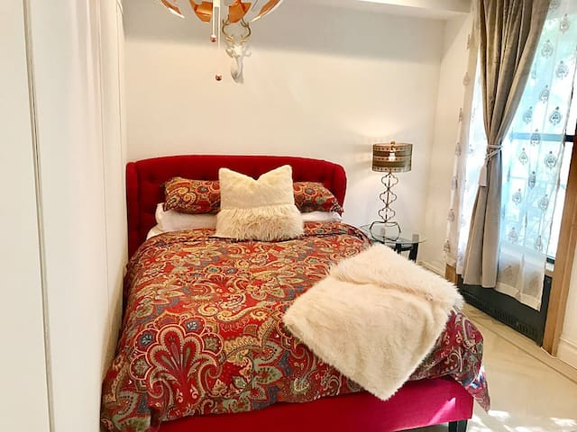 Sunny & Gorgeous master bedroom  by central park