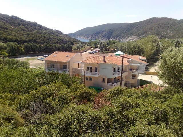 Όμορφη κατοικία στο Καλαμίτσι Σιθωνίας - Chalkidiki