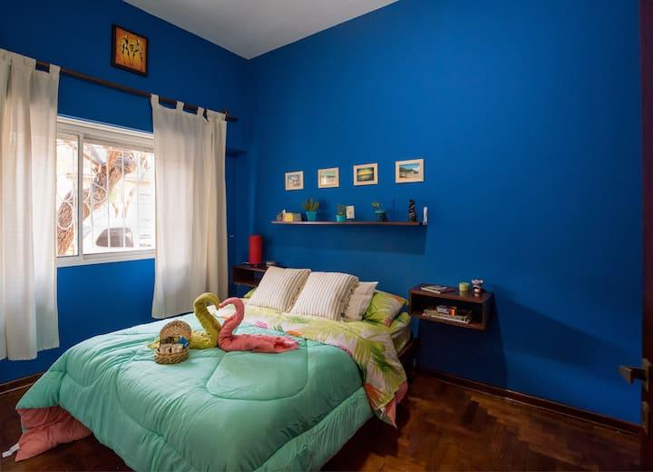 Bella casa en Palermo - Habitación y baño privado.