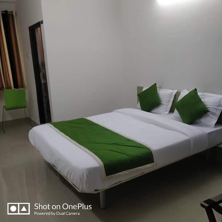Triple Sharing(TwiN Bed)