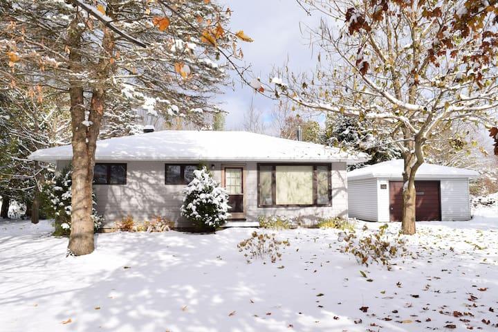 Winter Getaway! - Southampton, Ontario