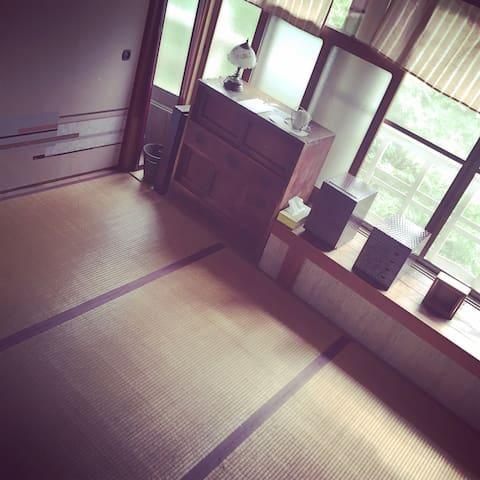 old-school interiors