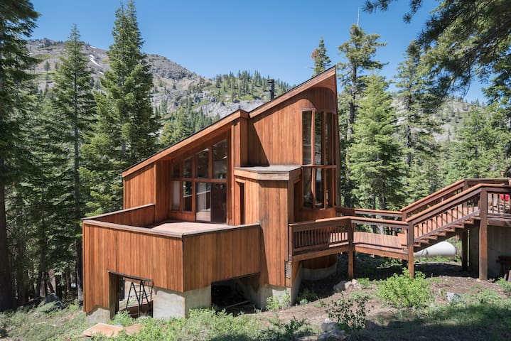 Escape to North Lake Tahoe - Alpine Meadows