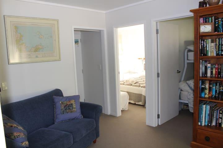 Parsloe's Cottage - sitting room