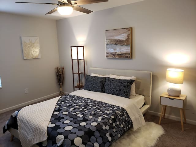 Brand New Private Bed/Shared Bath near RTP/RDU- #1