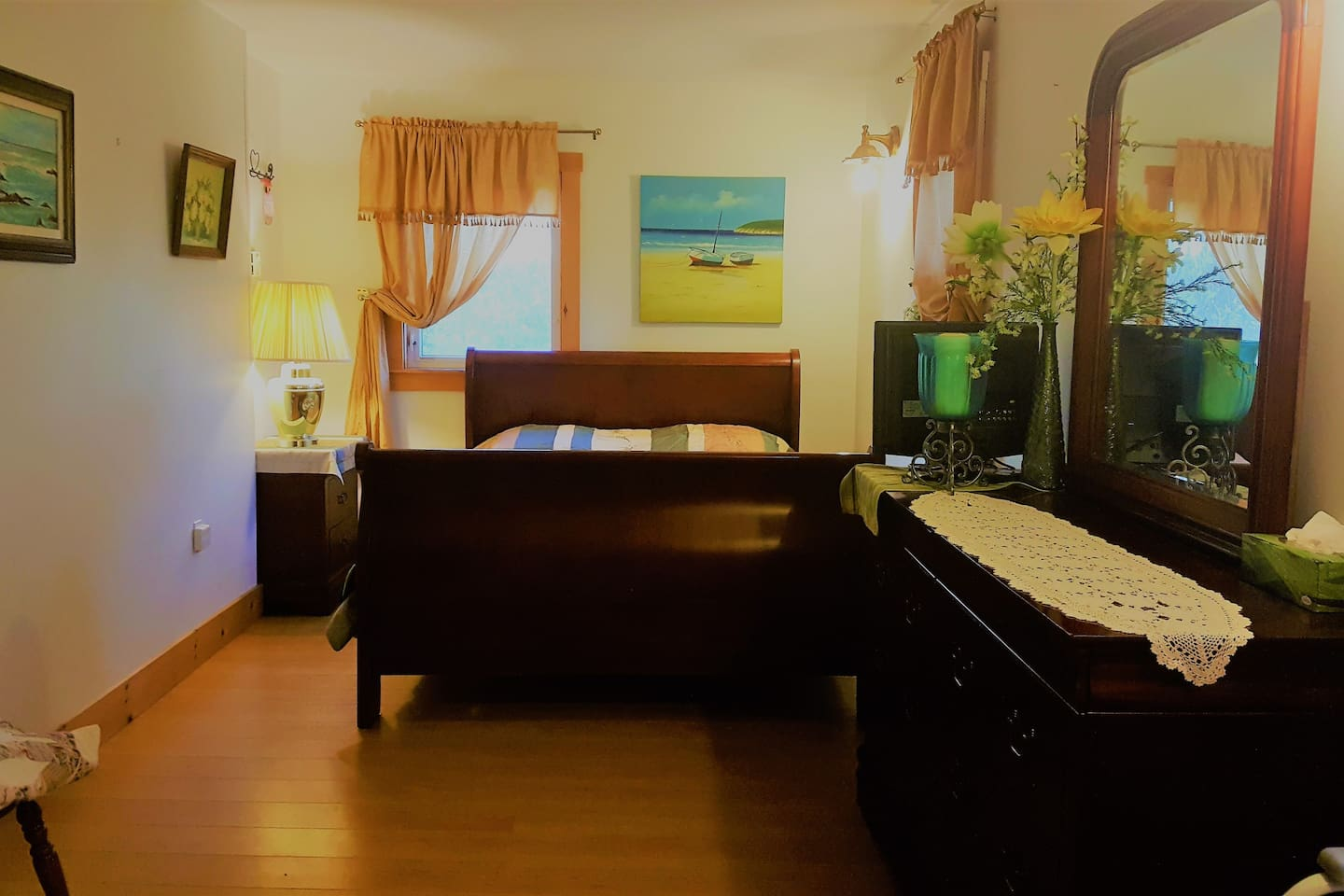North facing room on first floor with access to deck. Excellent lighting. Queen size bed.