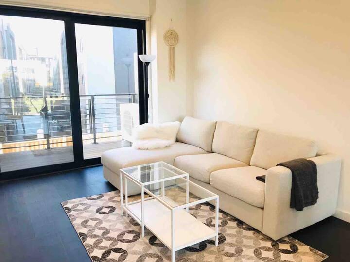 Port Melbourne-master room