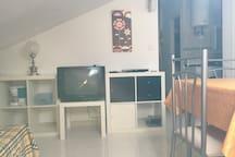 Con Tv y dvd