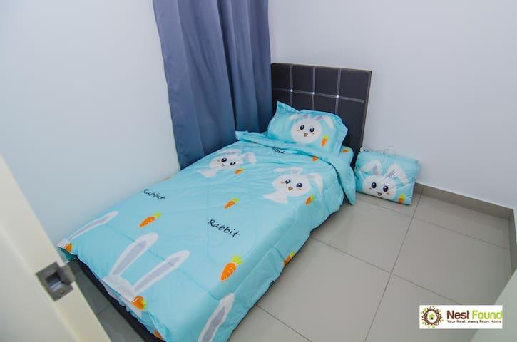 Room for 1@Conezion, IOI Resort City, Putrajaya