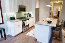 Stunning Logan Circle Apt~ Sleeps 4