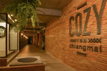Cozy Inn Chiangmai - Phra Sing - Apartment