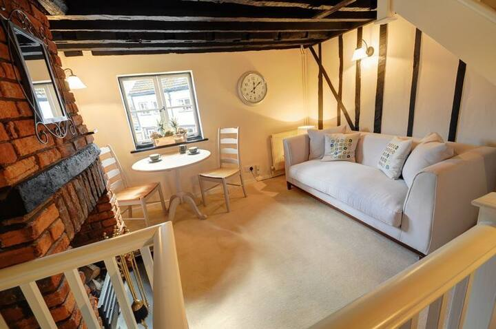 Cosy Cottage in the heart of St Albans