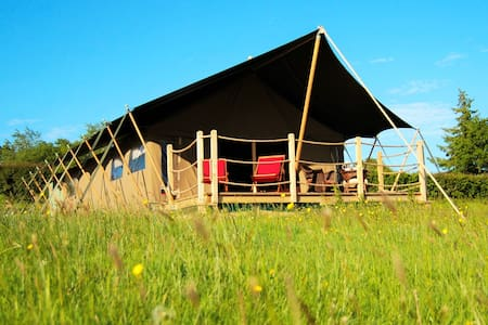 Luxurious Safari Tent - great views - High Bickington - Tenda