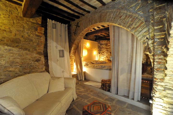 Suite medievale nel castello di Panicale - Panicale - Квартира