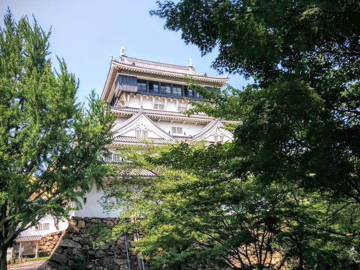 5 minute walk from Tsuiki station to guest room.